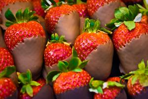 Chocolate-Coated Strawberries